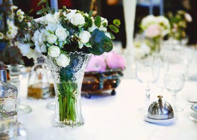 bouquet-fleurs-table-dressage-albi-mariage-evenements-decoration-services