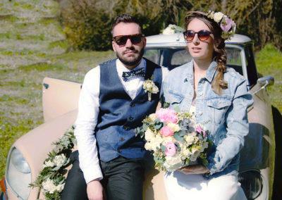 couple-mariage-albi-fleurs-bouquet-tarn